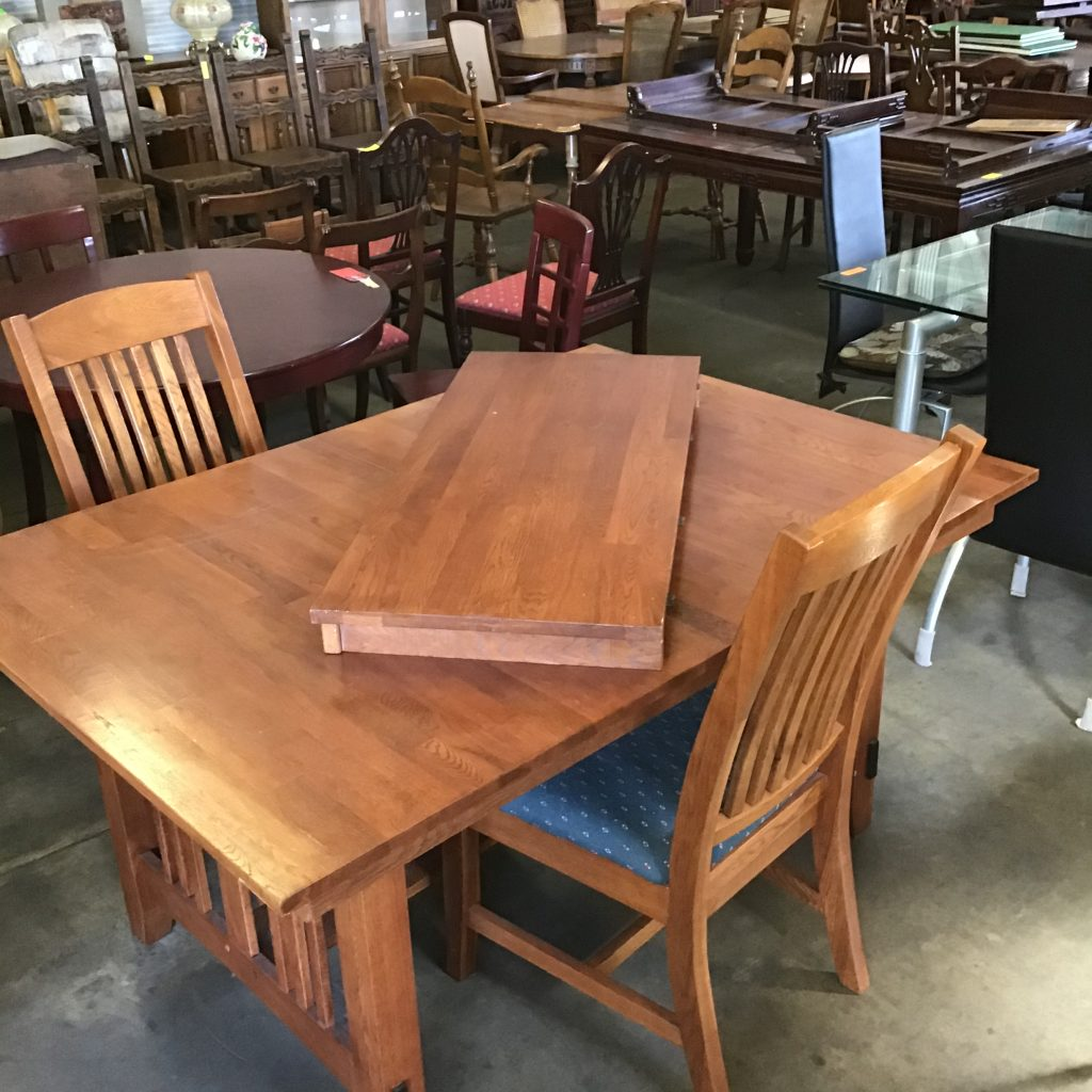 mission style, dining table,